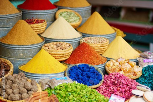 Foto op Canvas Kruiden Selection of spices on a Moroccan market