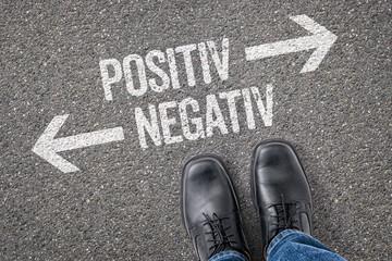 Entscheidung an der Kreuzung - Positiv oder Negativ