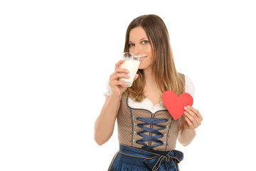 Wiesnmadl mit Herz und Milchglas