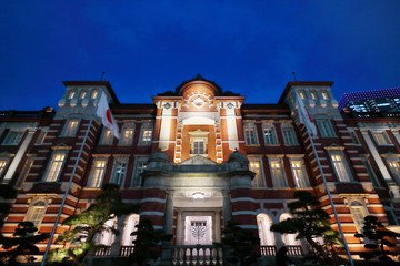 東京駅・夜景