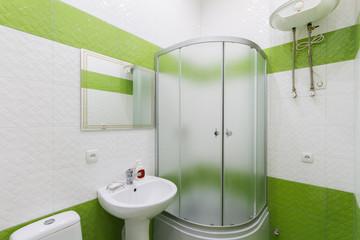 Bathroom in shades of green