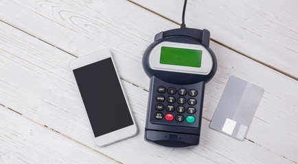 Overhead of pin terminal and smartphone
