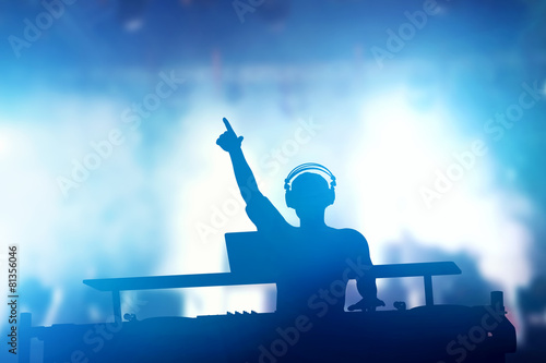 Leinwanddruck Bild - Photocreo Bednarek : Club, disco DJ playing and mixing music for people. Nightlife