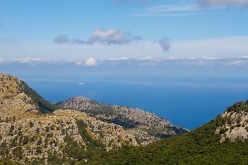 Blick von Berg auf Mittelmeerküste