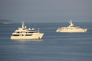 Яхты у берегов Монако