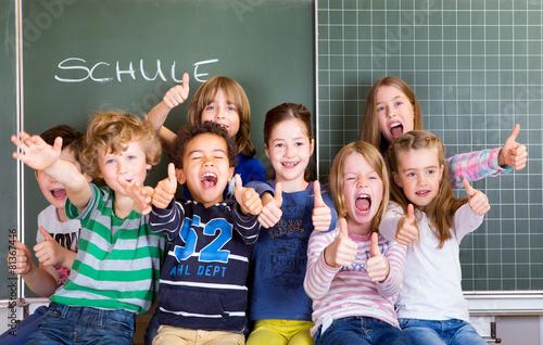 Leinwanddruck Bild Einschulung Freude Kinder Schulkinder