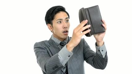 財布を持つサラリーマン