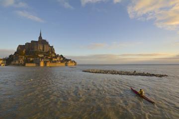 mont saint michel marée du siècle