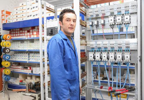 Elektrik Pano Montajı - 81400058