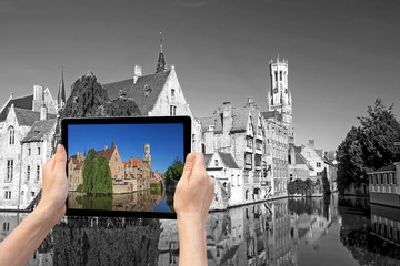 Monochromatic travel cocept (Bruges)