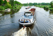 Frachtschiffe auf der Weser bei Nienburg - 81404218