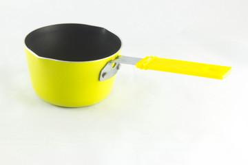 Petite casserole jaune