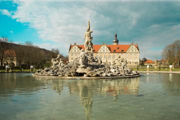 Schlosspark Weikersheim mit Brunnen