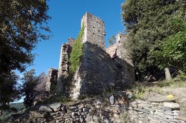 sentier de Costa verde et village abandonné en haute corse