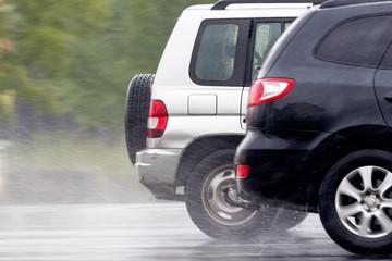 Autos im Regen