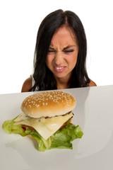 Frau mit Hamburger