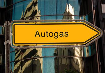 Strassenschild 42 - Autogas
