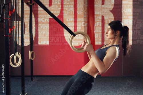 Foto op Plexiglas Fitness Crossfit workout on ring