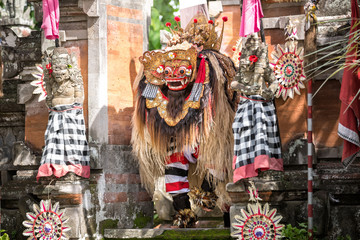 barong dance performance