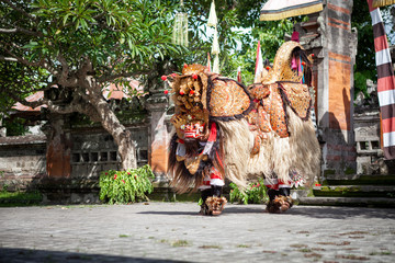 Barong Dance show, Indonesian  mythology perform