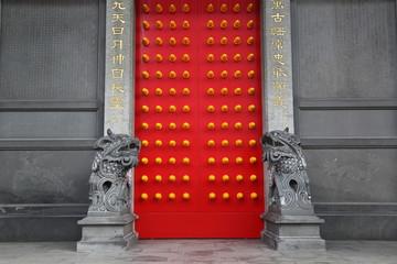 中国寺院の門