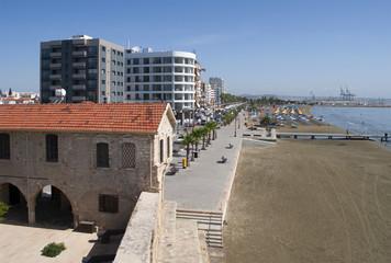 Вид на набережную Финикудес. Ларнака, Кипр