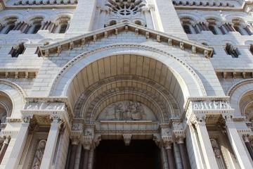 Входа в кафедральный Собор