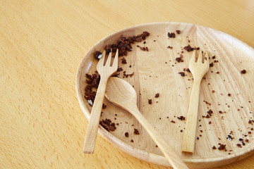 empty dirty dish