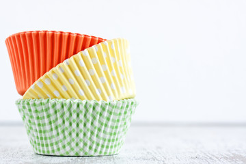 paper baking cups for muffins and cupcakes