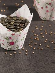 Kürbiskerne (Cucurbita pepo), Papierform, Koriander