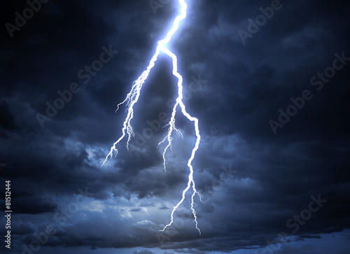In de dag Onweer Lightning strike