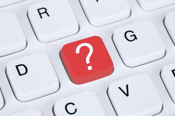 Computer Tastatur mit Fragezeichen Hilfe Symbol