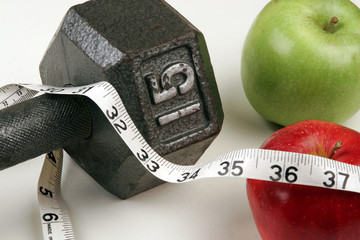 Weights measuring tape apples