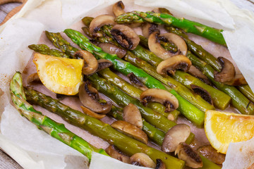 Asparagus and Mushrooms in Parchment