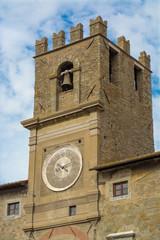 La torre con l'orologio di Cortona