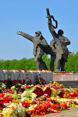 Flowers at the monument on the day of the victory