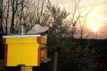 Beekeepers tool