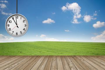 Uhr / Landschaft