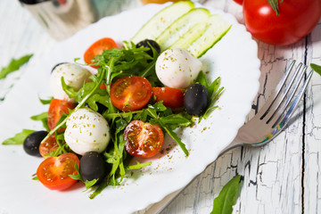 Vegetable salad with mozzarella