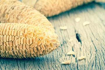 Dry corn cobs
