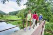 Leinwanddruck Bild - Wandern mit Senioren