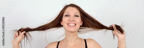 lange haare, pipi frisur - 81558086