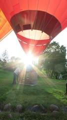 Путешествие на воздушном шаре начинается
