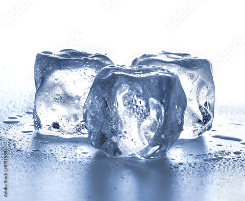 Foto op Canvas Gletsjers Ice cubes on white background.