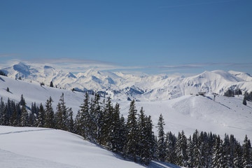 Winterlicher Bergpanorama Salzburger Land