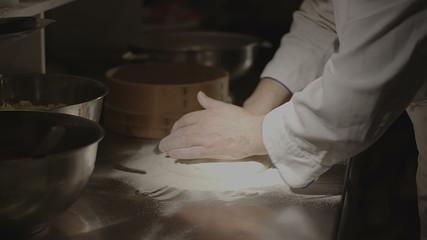 Pizza preparing - time lapse