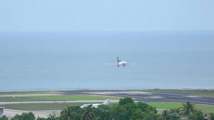 Business jet landing