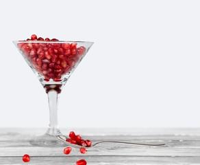 Champagne. Pomegranate Champagne Cocktail