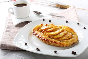 Breakfast with apple pie