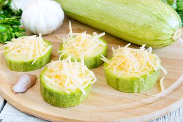 Zucchini wiht grated cheese